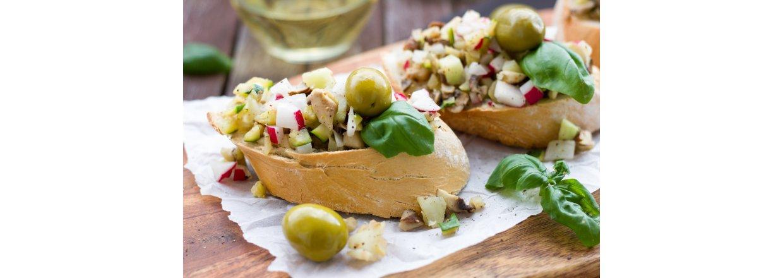 Friske sildesalaten med agurk og reddiker